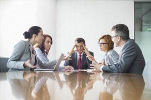 ۱۰ اشتباه رایج در مدیریت و رهبری