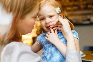 واکنش درست والدین به هیجانات منفی کودکان