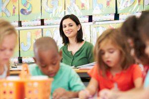 آموزش قوانین به کودکان در مهد