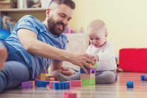 بازی با نوزادان و اهمیت آن
