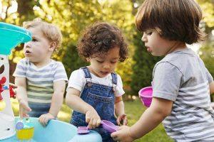 بازی هایی برای غلبه بر کمرویی کودکان
