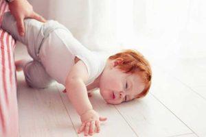 بیرون آمدن کودک از رختخواب