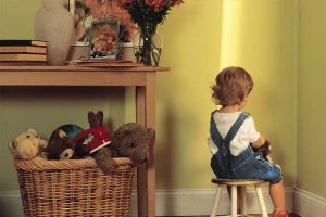 تکنیک گوشه تنهایی برای مشکلات رفتاری کودک