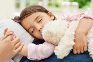 راهکارهایی برای رفع خواب آلودگی کودک