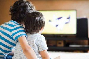 راهکارهای تماشای زیاد تلویزیون در کودکان