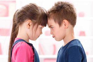 رقابت بین خواهر و برادر