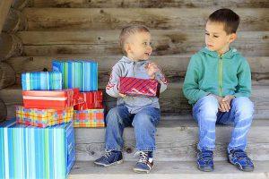 رقابت و حسادت بین فرزندان و حل آن