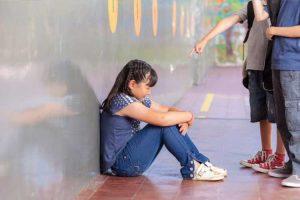 مدرسه هراسی و راهکارهای مقابله با آن