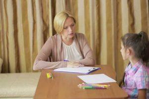مشاوره کودکان برای بروز احساسات