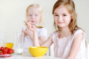 مشکل صبحانه نخوردن کودک