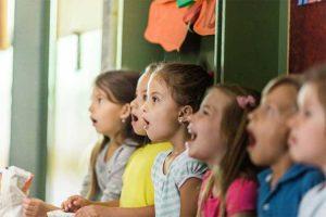 تقویت شنیداری دانش آموزان