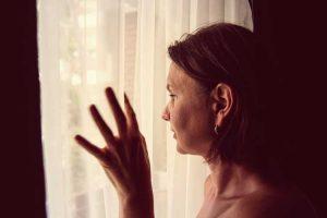 مقابله با افسردگی پس از سقط جنین
