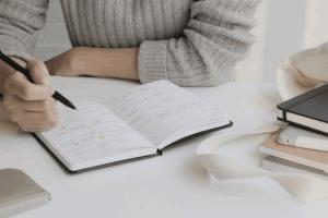 نوشتن لیست انجام امور